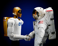small_nasa_robonaut.jpg